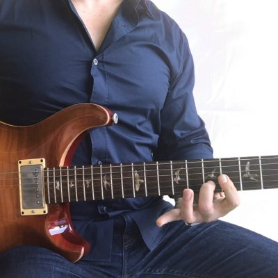 E Power Chord - Start learning rock guitar! - 2 Minute Guitar