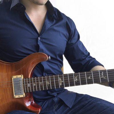 A Power Chord - Essential rock guitar chord! - 2 Minute Guitar